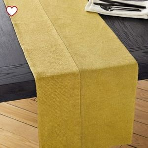 WEST ELM • Cotton Canvas Table Runner • Wasabi